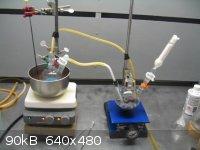gassing the grignard reagent.JPG - 90kB