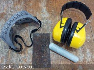 Equipment.jpg - 256kB