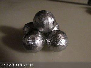 balls.JPG - 154kB