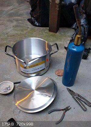 aluminum_melt.jpg - 175kB