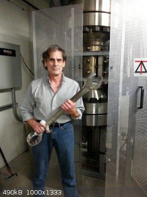 wrench.jpg - 490kB