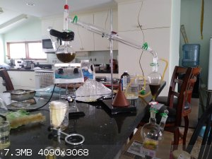 Piperine_extraction_rig.jpg - 7.3MB