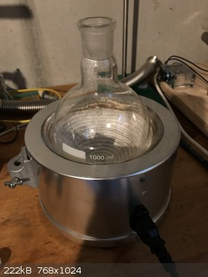 heating mantle.JPG - 222kB